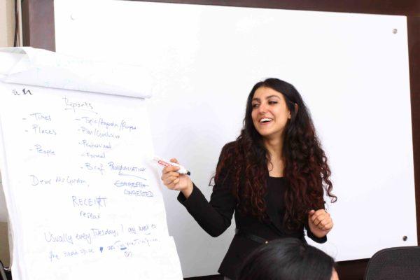 kursus bahasa inggris Balikpapan guru Sarah